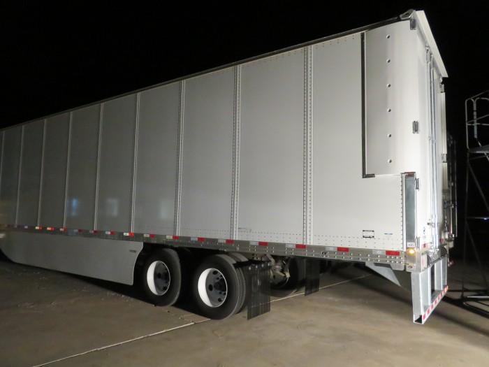 TRANSTEX® EDGE TOPKIT+ and EDGE ELITE AERO™ SYSTEM (Dry Van Trailer)